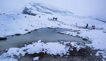Ice-carved landscapes